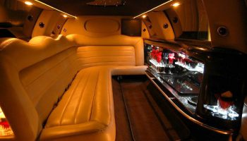 Lincoln limo rental