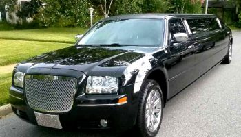 Chrysler 300 limo service Doral