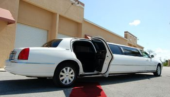 lincoln stretch limousine Hollywood